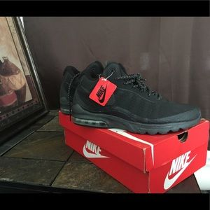 Nike Air Max, Waterproof, Brand New